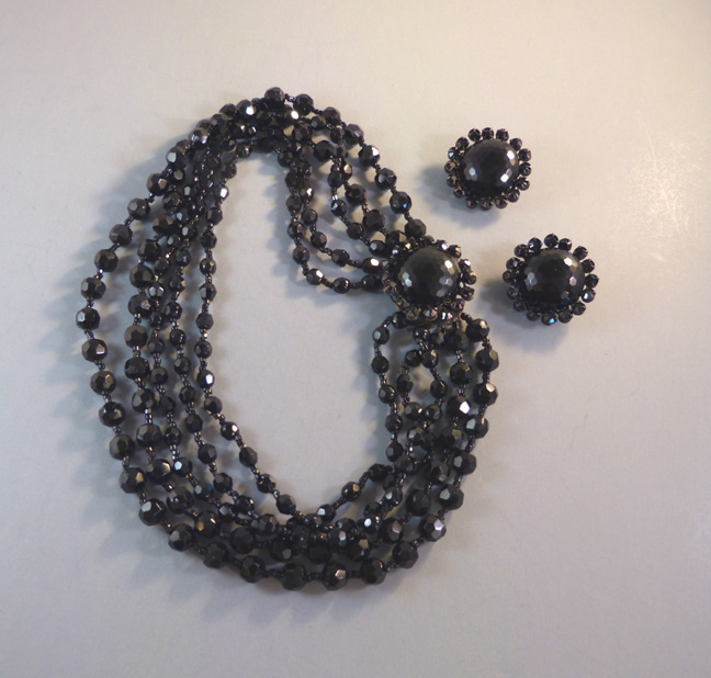 AMOURELLE black glass beads necklace & earrings by Frank Hess