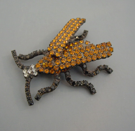BETTINA von Walhof topaz, black trembler bug pin