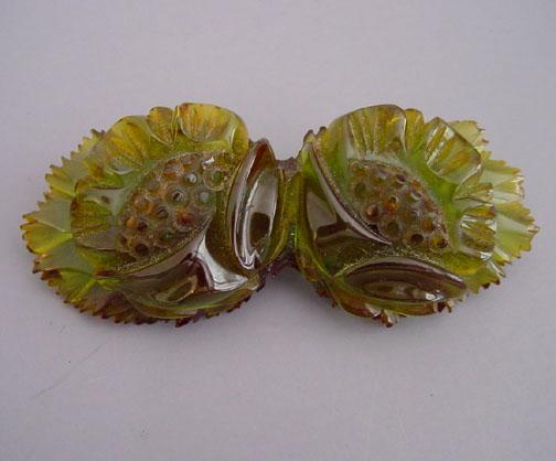 BAKELITE Prystal green flowers brooch