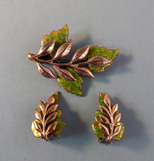 """MATISSE Renoir """"Laurel"""" copper & green leaves brooch & earrings"""