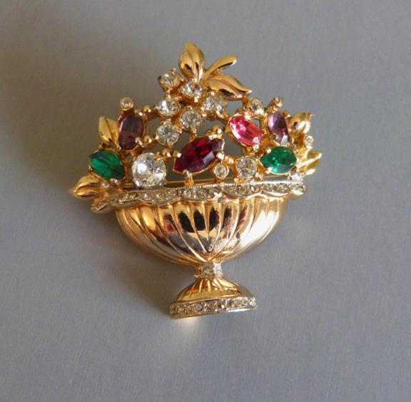 CORO Fragrance basket brooch 1947 red, green, pink, purple