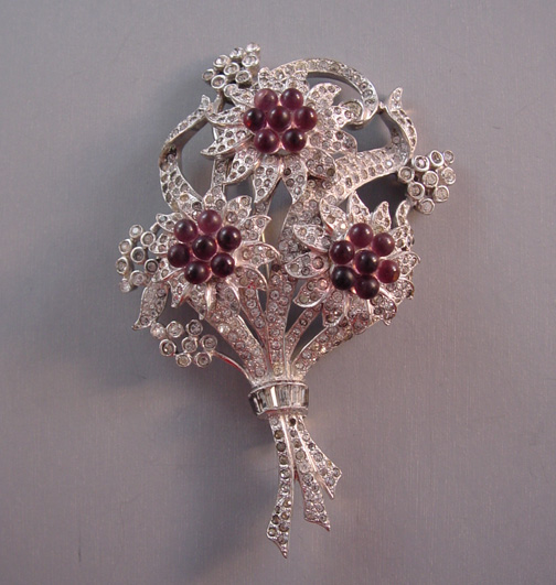 DUJAY unsigned flower bouquet brooch with purple glass beads