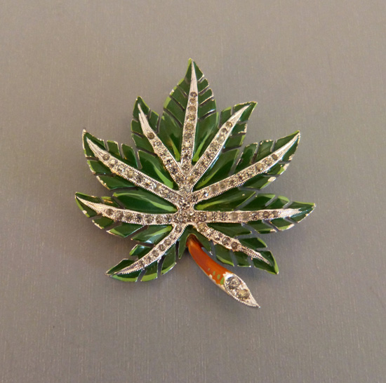 DUJAY unsigned green enameled leaf brooch with clear rhinestone
