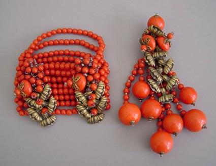 MIRIAM HASKELL Frank Hess red bracelet & clip