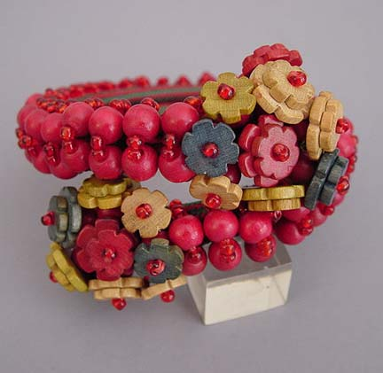 MIRIAM HASKELL Hess wooden red, charcoal beads coil bracelet