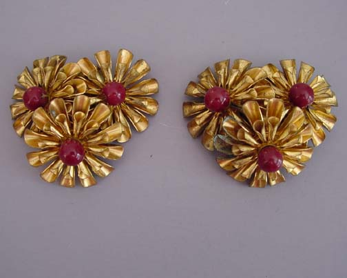 HASKELL Hess early gold petals flower clips