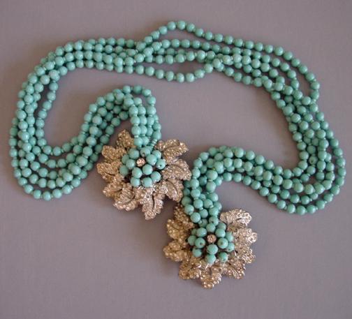 MIRIAM HASKELL Hess aqua glass beads lariat necklace, 1940