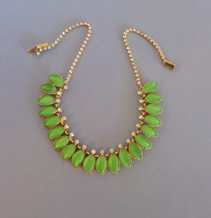 HOBE  frosted green leaves necklace with clear rhinestone