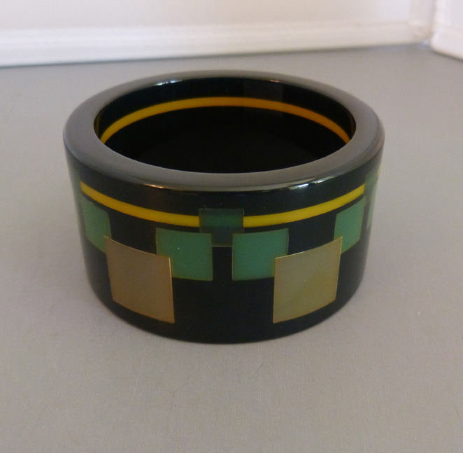 "LAINS Catalin Creations bakelite ""Sine Wave"" bangle, 2001"