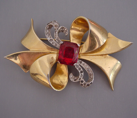 RETRO gold and silver tone bow brooch