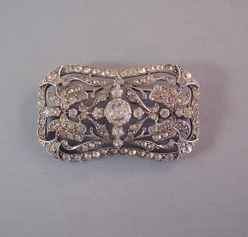 CLEAR paste rectangular brooch