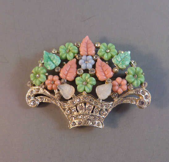 BASKET brooch with pastel bouquet