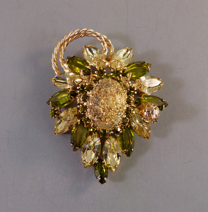 JULIANA D&E DeLizza & Elster brooch yellow and green