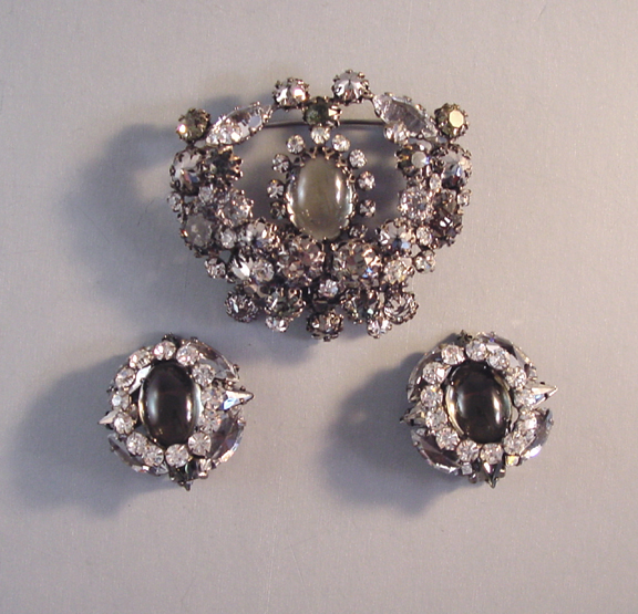 SCHREINER smoke and clear cabochon pin and earrings, 1960s