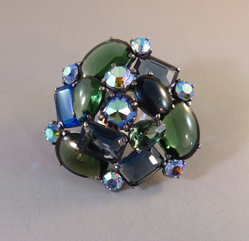 SCHIAPARELLI blue and green rhinestones brooch