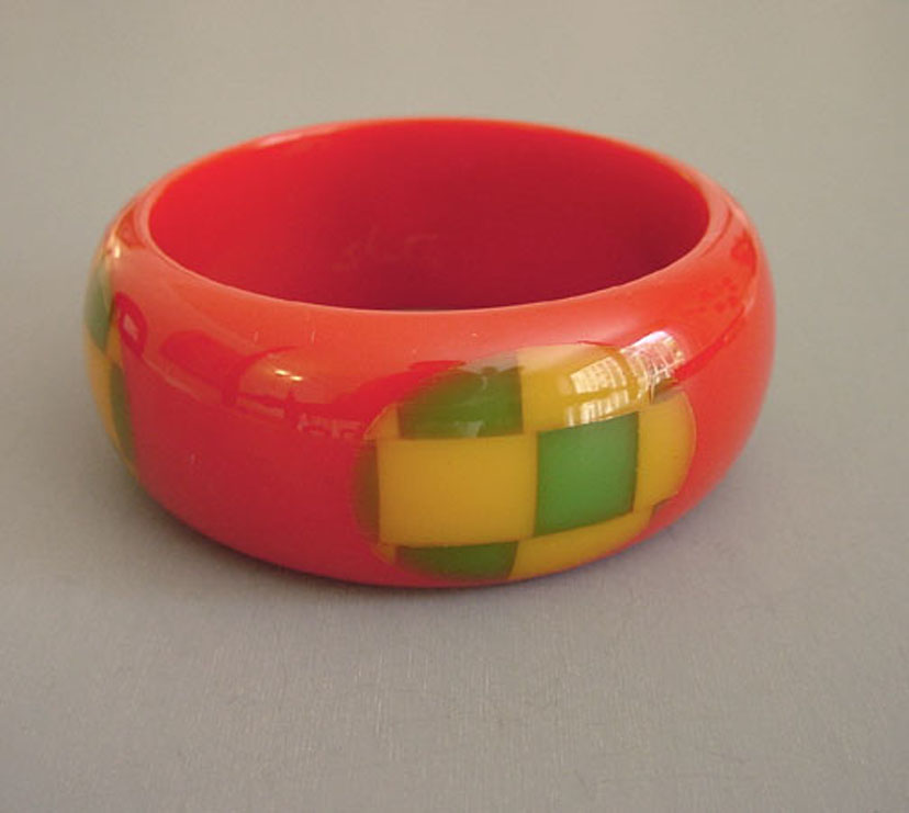 SHULTZ bakelite red bangle, butterscotch, green checked dots