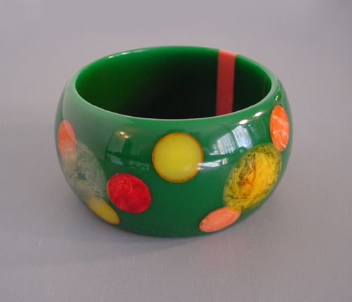 SHULTZ bakelite wide green bangle with dots
