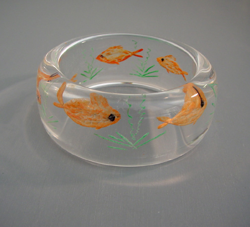 SHULTZ Lucite bangle with reverse carved painted orange fish