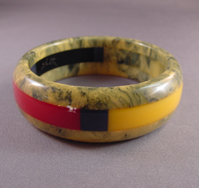 SHULTZ bakelite three row laminated gray marbled bangle
