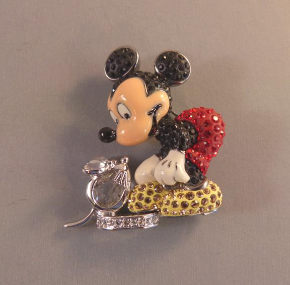 SWAROVSKI 2005 Disney Mickey Mouse brooch with original boxes