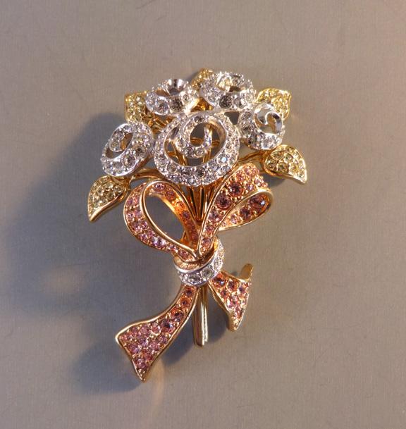 SWAROVSKI 1998 Compassion flower bouquet brooch