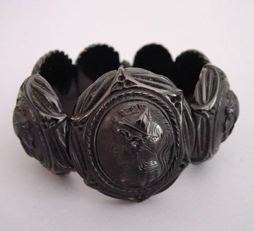 VICTORIAN Whitby jet cameo bracelet