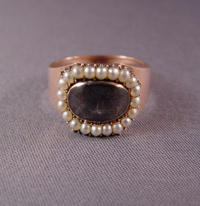 GEORGIAN antique 9k, pearl & hair mourning ring 1802 and inscribed En Thorton