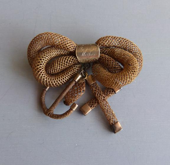 VICTORIAN rare woven hair Mother brooch