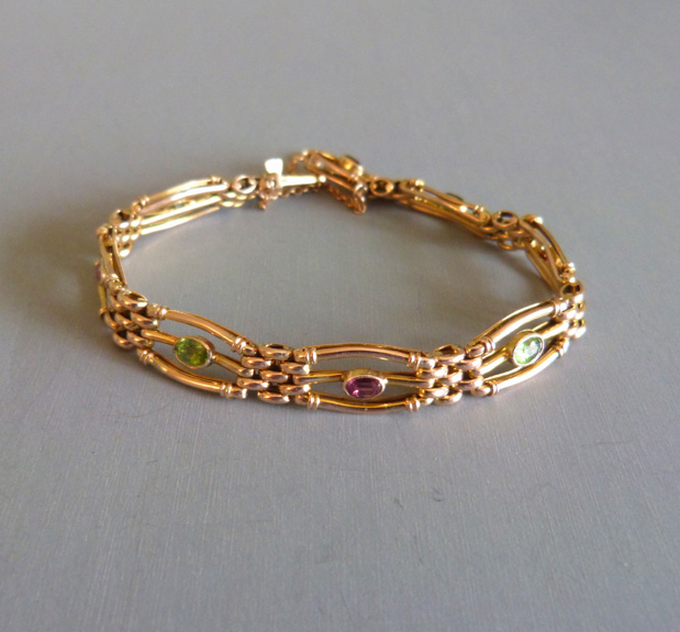 VICTORIAN English 9ct tourmaline gate bracelet