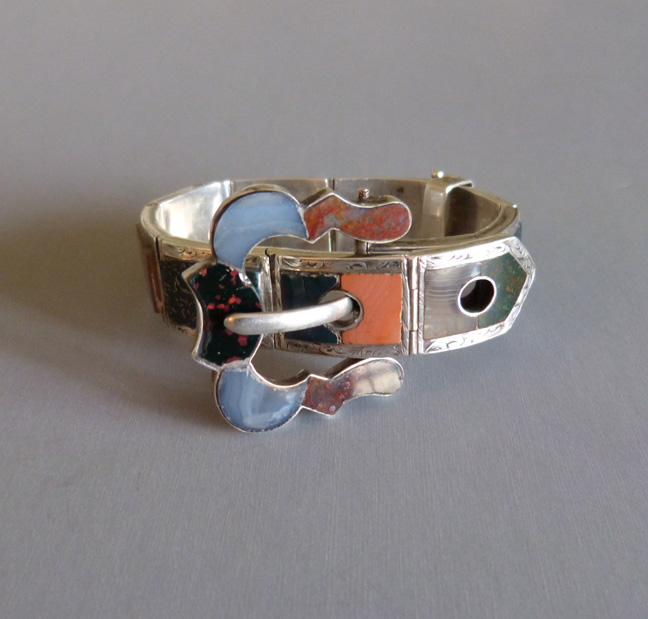 VICTORIAN Scottish agate and sterling buckle bracelet