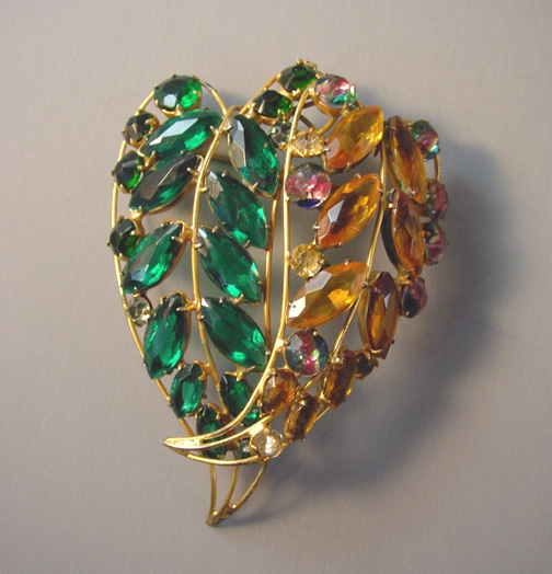 VOGUE Jewelry large leaf brooch in unfoiled green and topaz