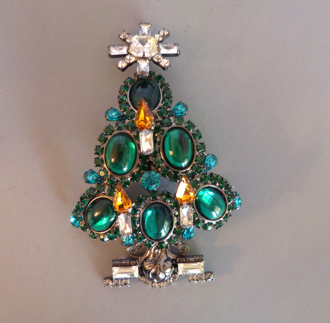 VRBA Christmas tree holiday brooch with green oval cabochons
