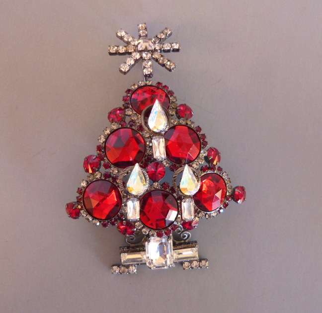 VRBA Christmas tree brooch with red faceted ornaments