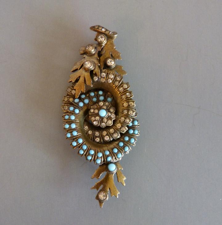 EISENBERG Original clip with aqua beads, clear rhinestones, 4″ and 1940s