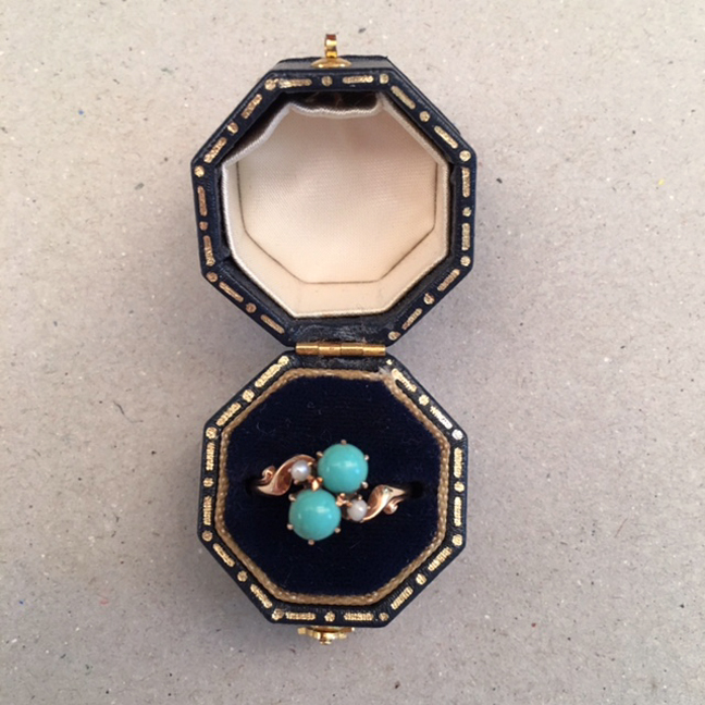 VICTORIAN 14k and Persian turquoise ring with pearls