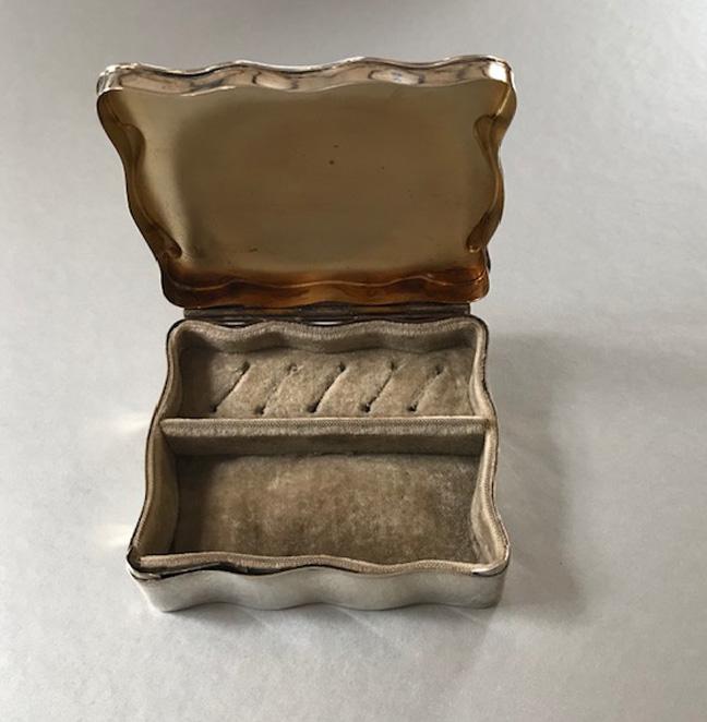 EDWARDIAN A&J Zimmerman sterling ring box , 1912