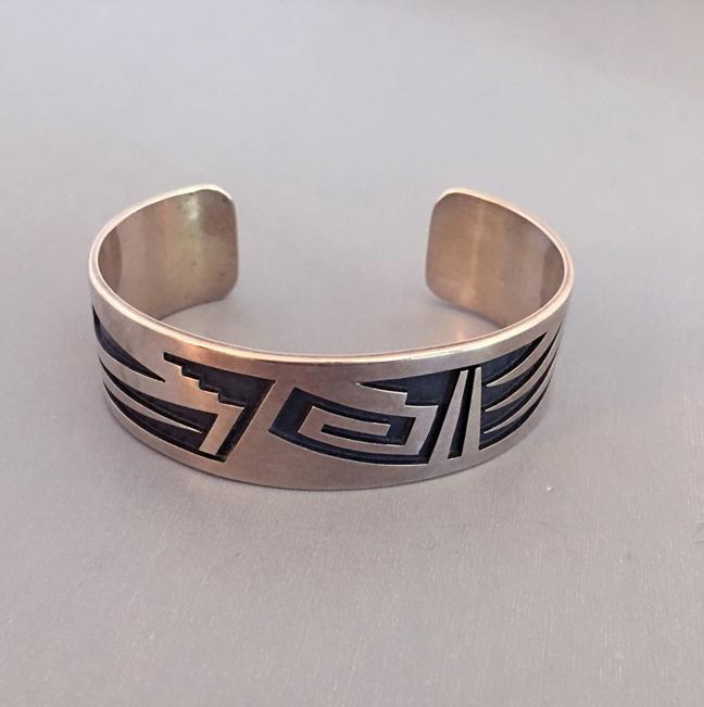 NATIVE AMERICAN Hurbert Yowytewa Hopi sterling overlay bracelet
