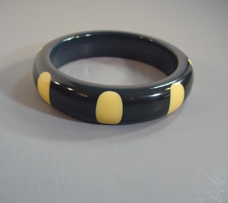 SHULTZ bakelite dark navy bangle with cream colored dots