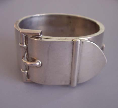 VICTORIAN rare HIDDEN LOCKET buckle bangle bracelet in sterling silver