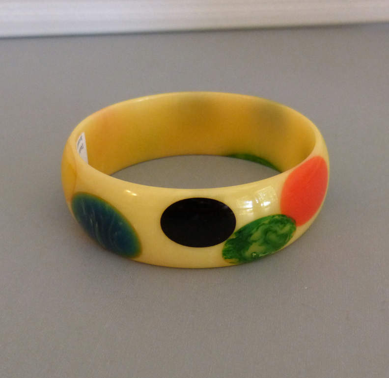 SHULTZ bakelite cream marbled bangle with oval multi-colored dots