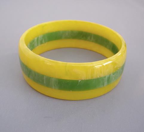 SHULTZ bakelite 3-row bangle lemon yellow & lime green citrus swirl
