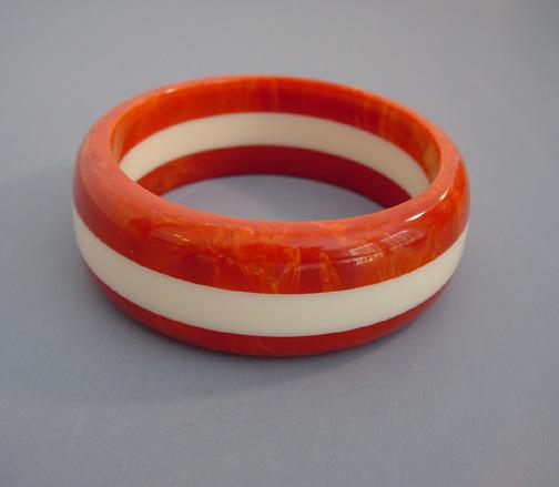 SHULTZ bakelite marbled burnt sienna and cream bangle