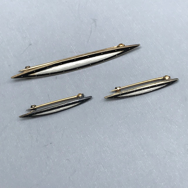 DECO sterling bar pin set with black and white enamel