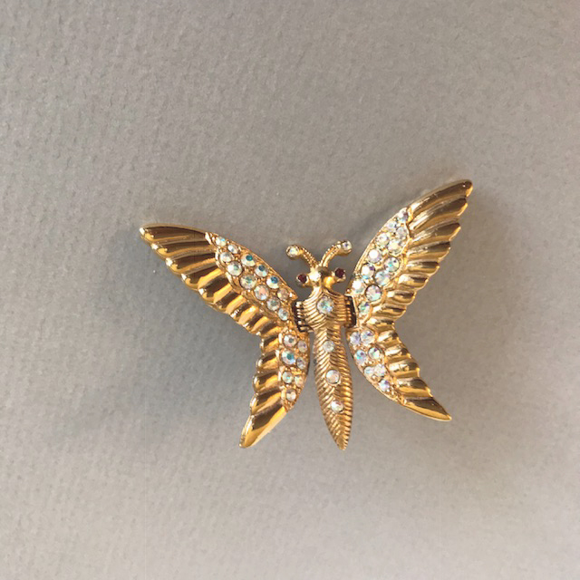 BUTTERFLY clip with aurora borealis set in gold tone