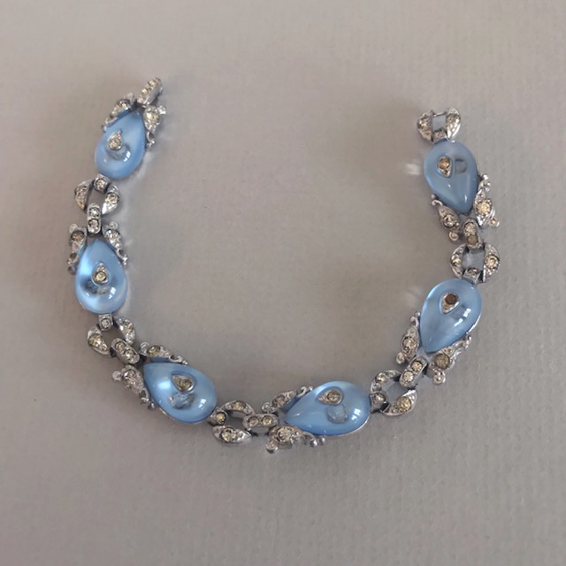 TKF Trifari bracelet with pastel blue glass shoe buttons, 1930s