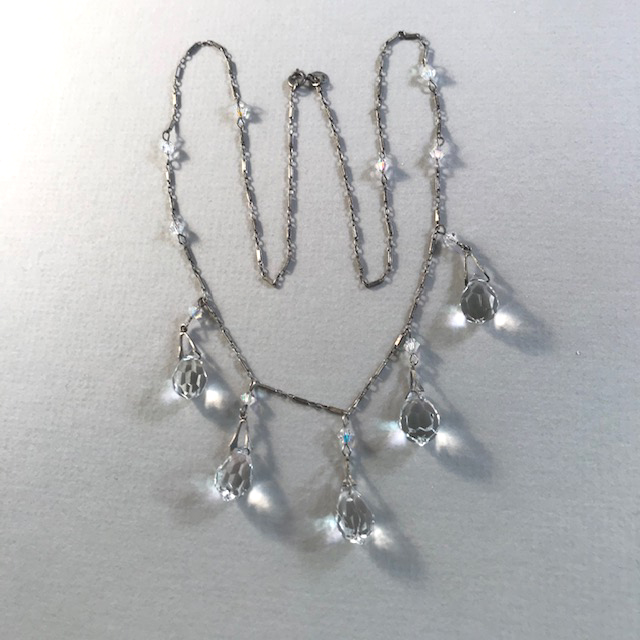 FACETED teardrops necklace with five faceted teardrop shaped glass crystals