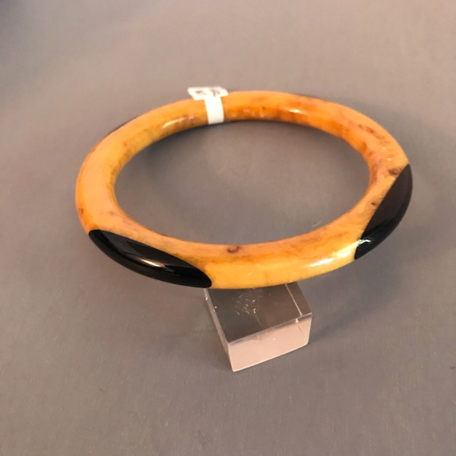 SHULTZ bakelite chocolate and cream marbled tube bangle with dots