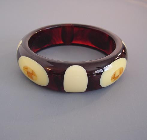 SHULTZ bakelite deep iced tea bangle with cream dots, caramel checks