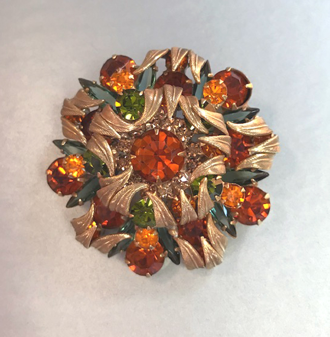 JULIANA D&E DeLizza and Elster brooch with green and brown with antiqued gold tones leaves