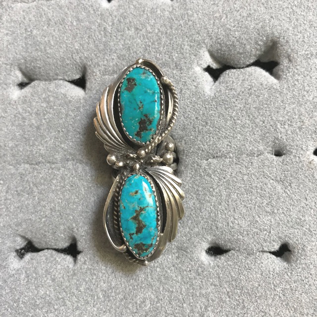 NATIVE American Ern Largo  Navajo sterling silver and turquoise figure eight shaped ring